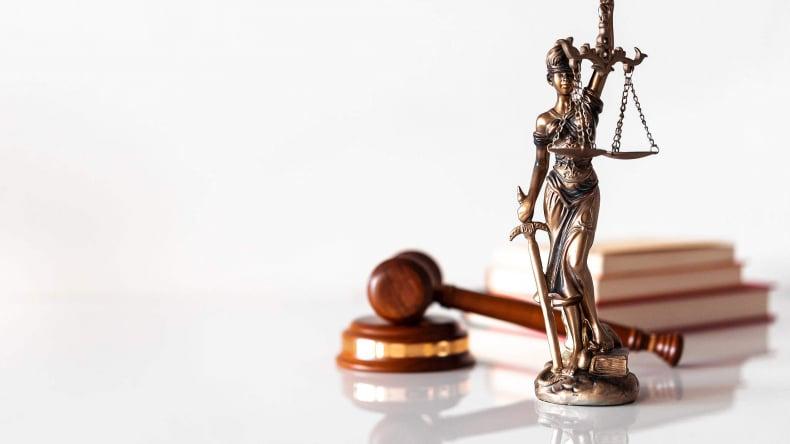 нужен ли юрист при покупке квартиры в ипотеку